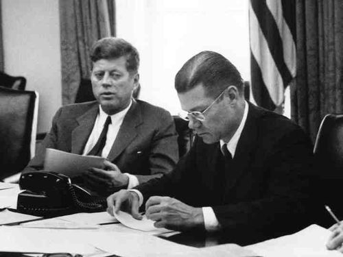 President Kennedy and Secretary of Defense McNamara in an EXCOMM meeting
